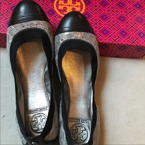 Shoes - New Tory Burch brigette ballet flat 6.5